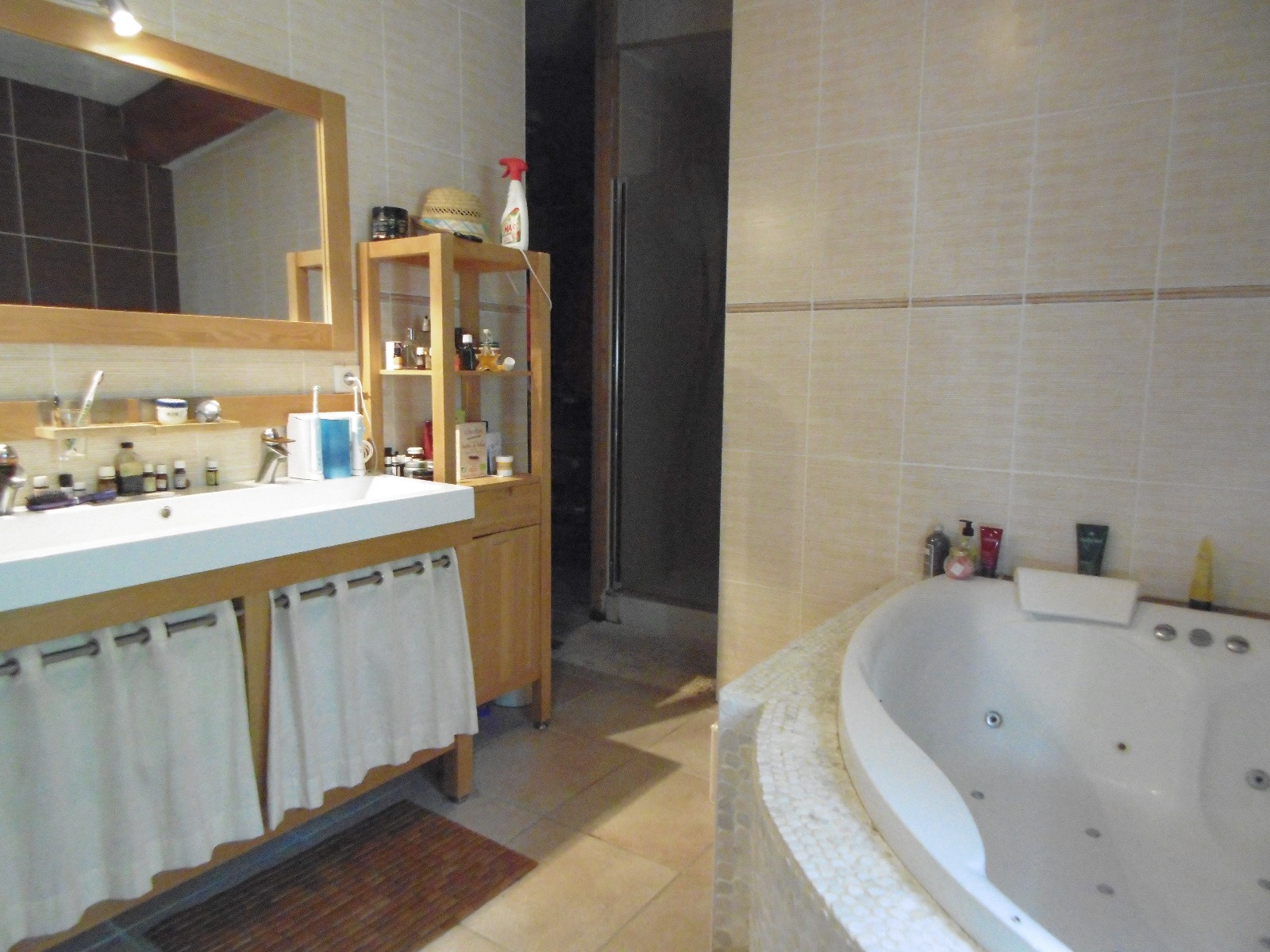 Salle de bains de la suite parentale privée