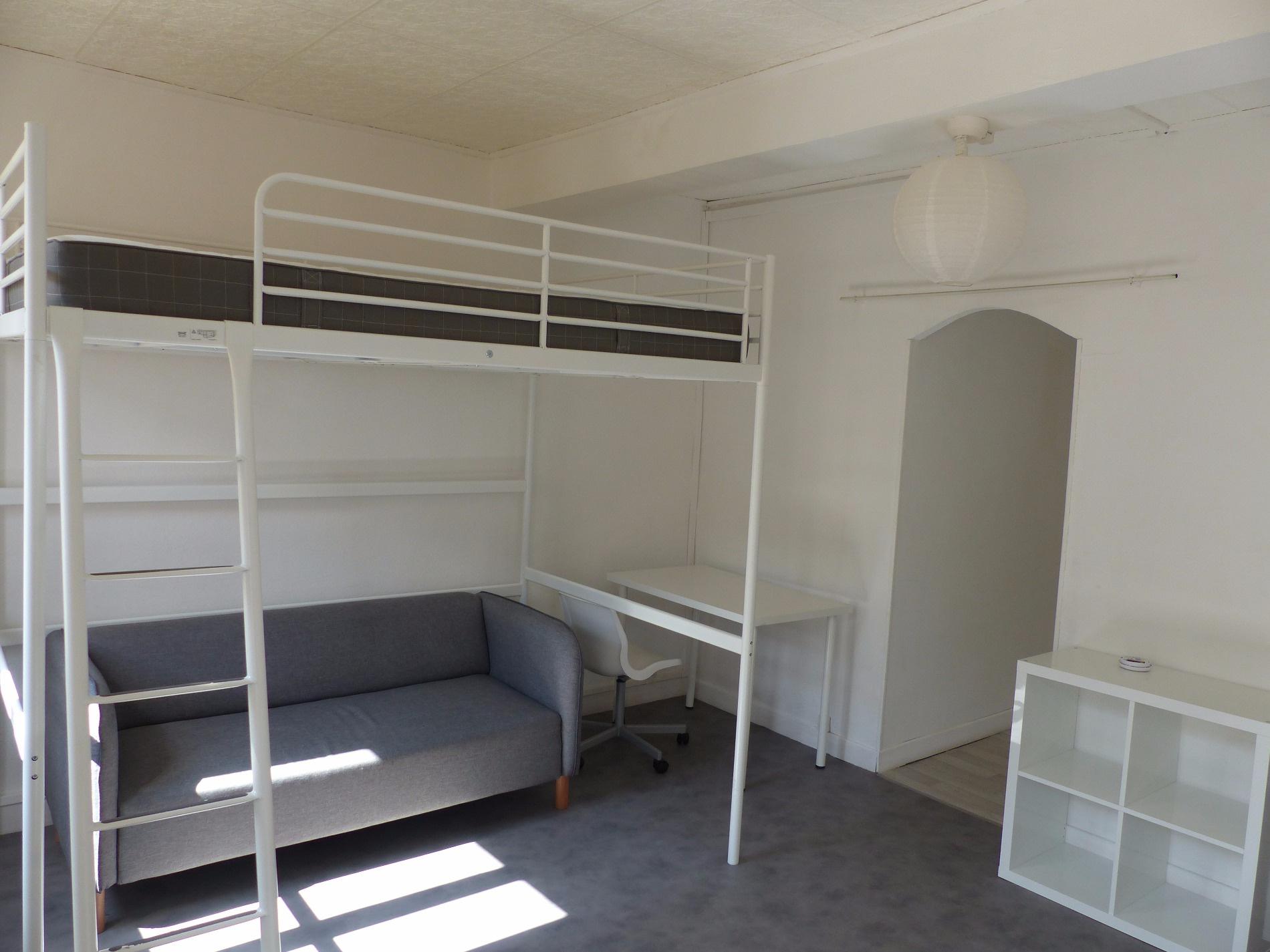 location t1 bis meubl centre ville revel. Black Bedroom Furniture Sets. Home Design Ideas